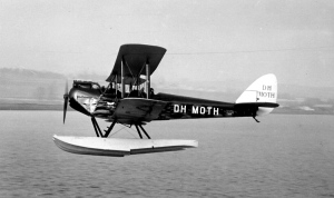 DH Moth on Floats